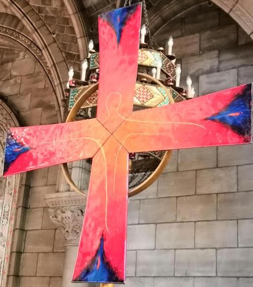 Croix église Notre-Dame-du-Perpétuel-Secours